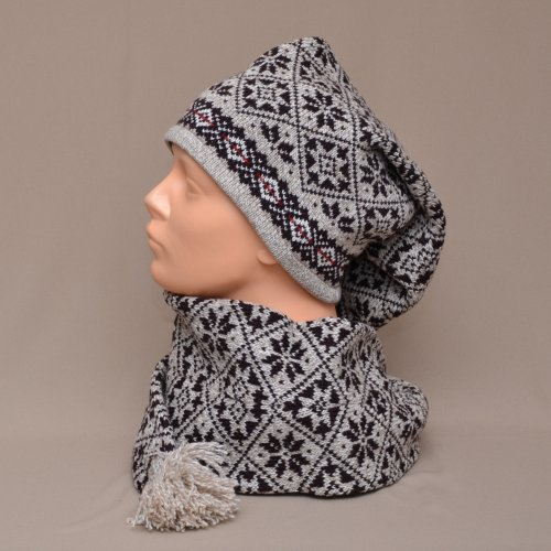 f11bd5f5bd0 Scarf-hat in a national pattern and with modest tones - Lõnga Liisu